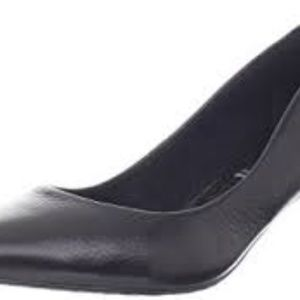 Rockport Women's Hecia Pump Black Leather 9.5